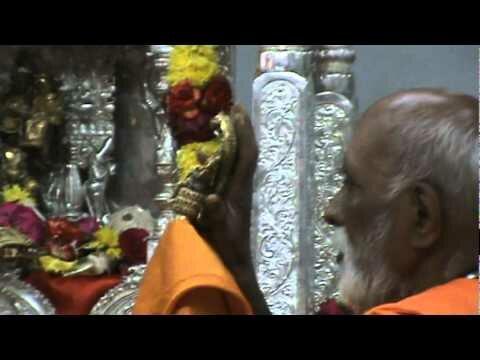 Mantralayam Moola Rama devaru Pooja – BhooVaikunta Devaru Darshanam